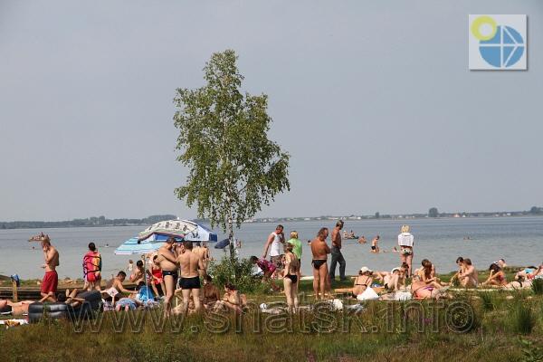 фотографії нудистів на озерах